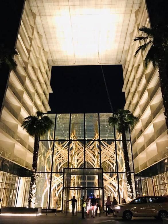 """Τι έκανε η Πατρινή εικαστικός Μαρία Γούτα στον τελικό του """"The Global Art"""" στο Ντουμπάι;"""