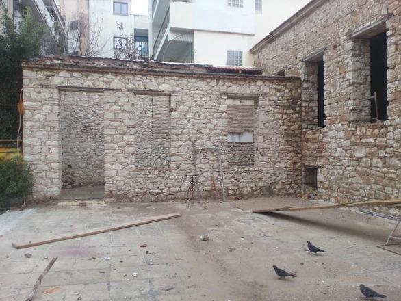 Τέλος εποχής για το σχολείο της Βαλτετσίου στην Πάτρα (pics)