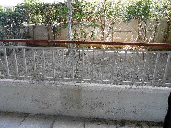 Πάτρα: Πωλείται αποθήκη στην οδό Κύπρου (pics)