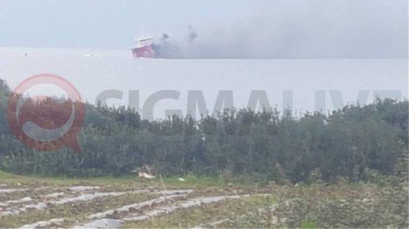 Κύπρος: Έκρηξη και φωτιά σε τάνκερ (pics+vids)