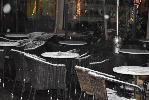 Δυτική Ελλάδα: Χιόνισε μέσα στο Αγρίνιο (φωτο)