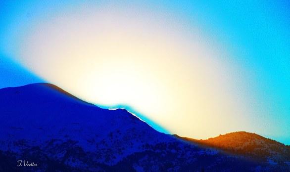 """Παναχαϊκό - Το χιονισμένο """"μαγικό"""" βουνό, πάνω από την Πάτρα (pics)"""