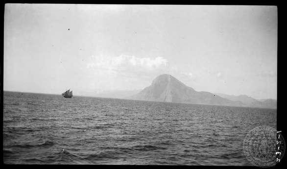 Ασπρόμαυρες αναμνήσεις της Πάτρας - 13+1 φωτογραφίες της Dorothy Burr Thompson!