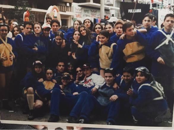 """Καρναβάλι ρετρό στην Πάτρα - """"Ιπτάμενοι Πιγκουίνοι"""" εν έτει 1995"""