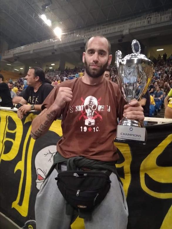 """Θρήνος στην Πάτρα και στα στέκια των οπαδών της ΑΕΚ για τον """"Αλεξέι""""!"""