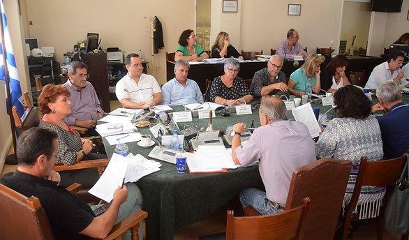 Πάτρα - Live η σημερινή συνεδρίαση του Δημοτικού Συμβουλίου