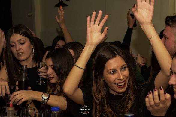 Έναρξη Πατρινού Καρναβαλιού στο Σουρωτήρι 19-01-19 Part 1/2