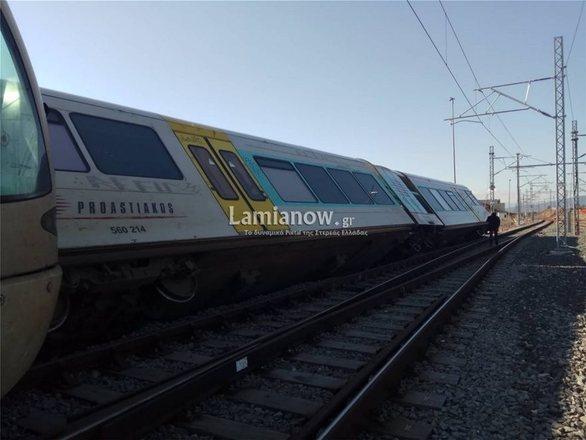Εκτροχιάστηκε τρένο στο Λιανοκλάδι (φωτο)