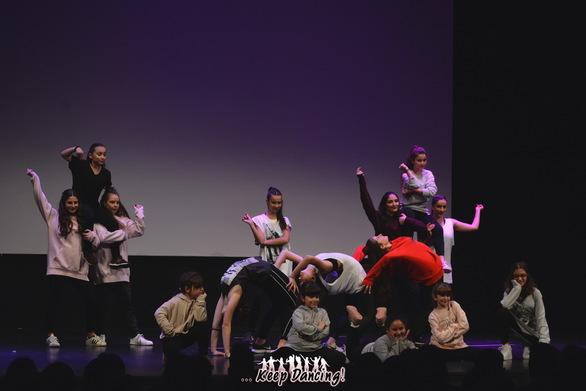 """Κοπή Πίτας - Χορευτικές Επιδείξεις Σχολής Χορού """"Keep Dancing"""" στο Royal 27-01-19 Part 1/2"""