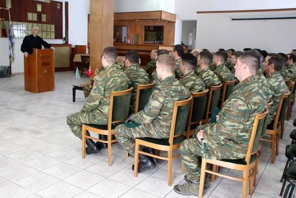 Επίσκεψη του Αρχηγού ΓΕΣ στο Κέντρο Εκπαίδευσης Ειδικών Δυνάμεων (φωτο)