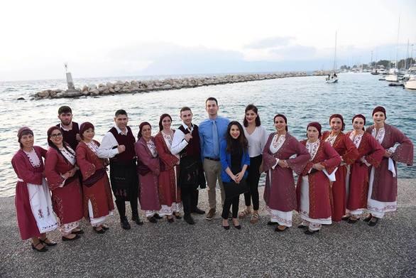 Μαθήματα Παραδοσιακών Χορών του Ιονίου στην ΕΚΝΑ