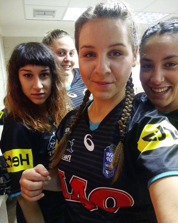 """Βιβιάννα Δαλδάκη - Η 25χρονη από την Πάτρα που """"σπάει"""" τα... ταμπού μέσα στα γήπεδα! (pics)"""