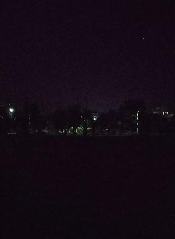 Πάτρα: Στην πλατεία στο Μπεγουλάκι τις νύχτες παίζουν την... τυφλόμυγα!