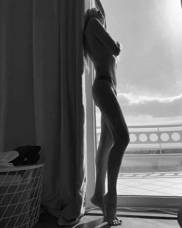 Η σέξι φωτογραφία της Αννίτας Ναθαναήλ
