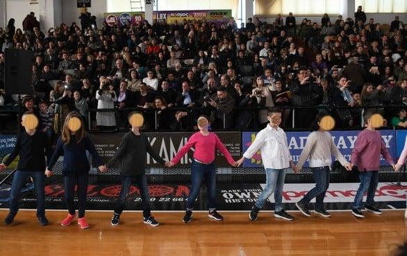 Πάτρα: Περισσότεροι από 1.200 χορευτές καταχειροκροτήθηκαν στο κλειστό του «Απόλλωνα» (pics)