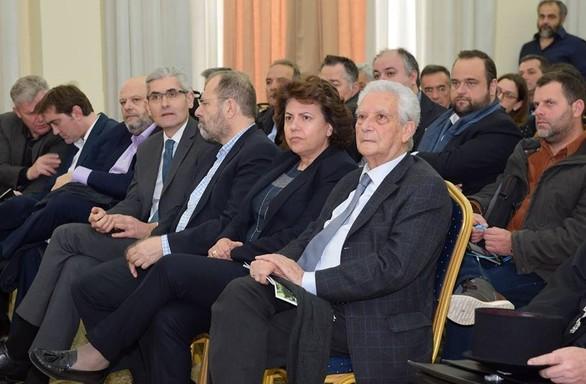 Το ΓΕΩΤΕΕ Πελοποννήσου και Δυτικής Ελλάδας βράβευσε την Αθηνά Τραχήλη