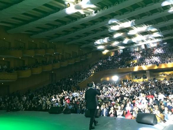 Το αδιαχώρητο έγινε σε συναυλία του Γιάννη Πλούταρχου (φωτο)