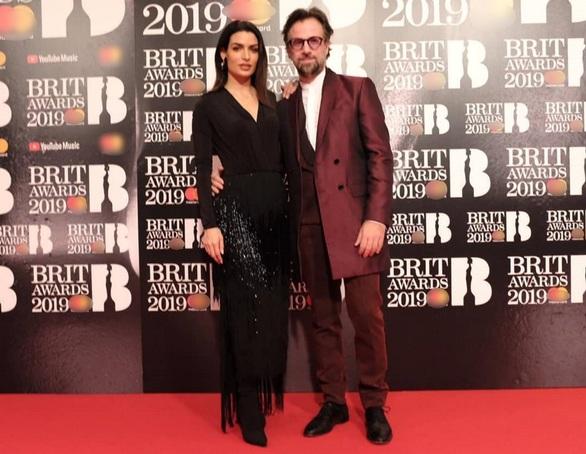 Τόνια Σωτηροπούλου - Κωστής Μαραβέγιας: Μαζί στα Brit Awards στο Λονδίνο! (pics+video)