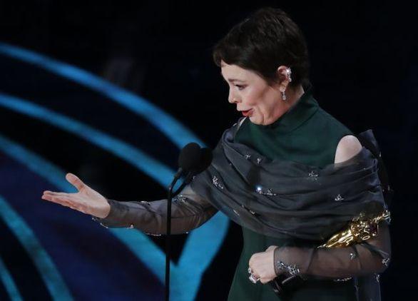 Ένα Όσκαρ για την ταινία του Λάνθιμου - Το απέσπασε η Ολίβια Κόλμαν (φωτο+video)