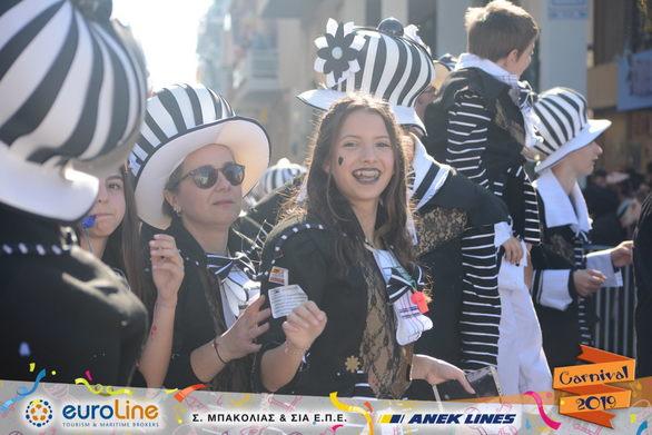 """Το """"ΘΕΑΤΡΑΛΕ"""" μας υπενθύμισε πως το καρναβάλι είναι τέχνη! (pics)"""
