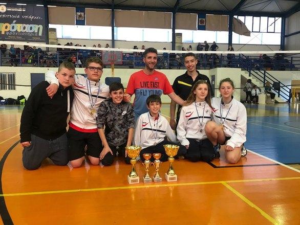 Πατρινοί αθλητές αναδείχθηκαν Πρωταθλητές Ελλάδος στο Badminton (φωτο)