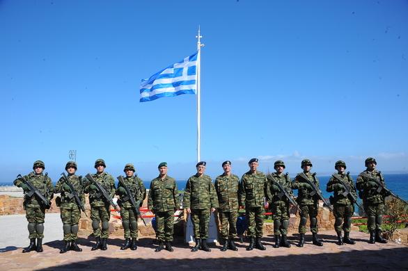 Επίσκεψη Αρχηγού ΓΕΣ στην Χίο (φωτο)