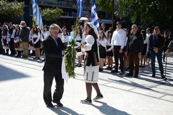 Πάτρα: Ξεκίνησε ο τριήμερος εορτασμός της 25ης Μαρτίου - Πραγματοποιήθηκε κατάθεση στεφάνων