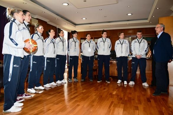 Ο Παναγιώτης Ρήγας συναντήθηκε με την Εθνική Ομάδα Καλαθοσφαίρισης Γυναικών Ενόπλων Δυνάμεων