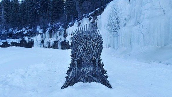 """Game of Thrones: Παγκόσμιο κυνήγι θησαυρού για έξι """"σιδερένιους θρόνους"""" (φωτο)"""