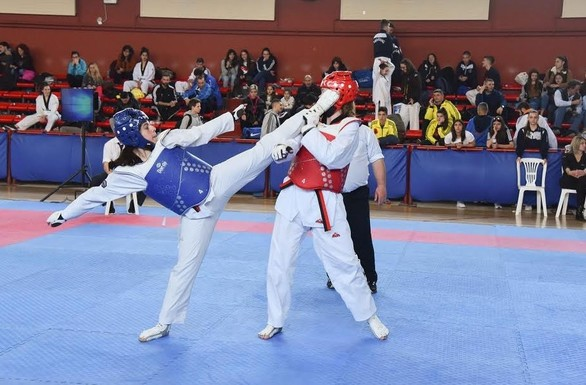 Η Καρδίτσα φιλοξένησε το πανελλήνιο σχολικό πρωτάθλημα Tαεκβοντό