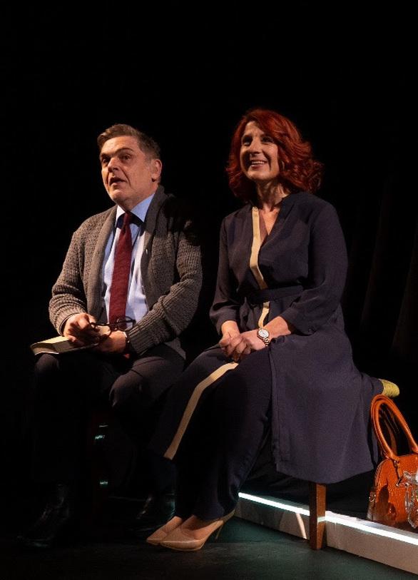 Ενθουσιασμός και συγκίνηση στην sold out πρεμιέρα της παράστασης «Σκηνές από έναν Γάμο»!
