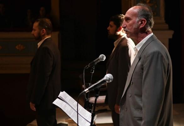 """Πάτρα: Εντυπωσίασε τους θεατές η παράσταση """"Πριμαρόλια"""" (φωτο)"""