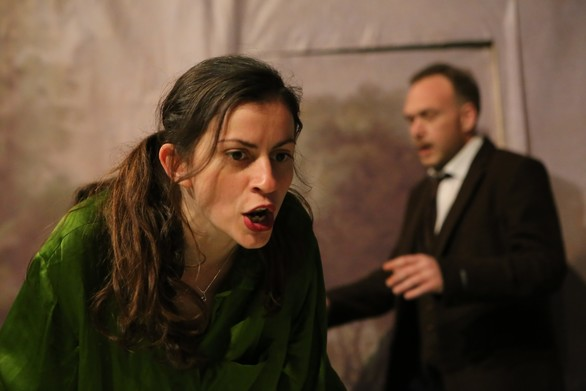 Julia στο Θέατρο Λιθογραφείον