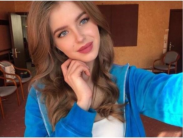 Μία 20χρονη στέφθηκε ως η ομορφότερη Ρωσίδα (φωτο+video)