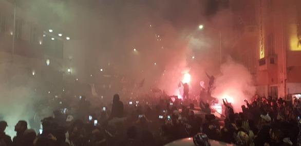 """Πατρινός έζησε από κοντά τη φιέστα του ΠΑΟΚ - """"Ήταν σαν καρναβάλι"""" (pics)"""