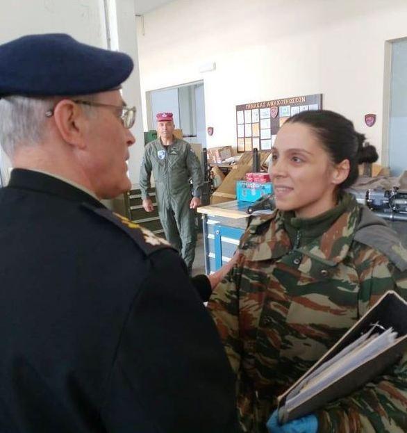 Επίσκεψη Αρχηγού ΓΕΣ στη 1η ΤΑΞΑΣ (φωτο)