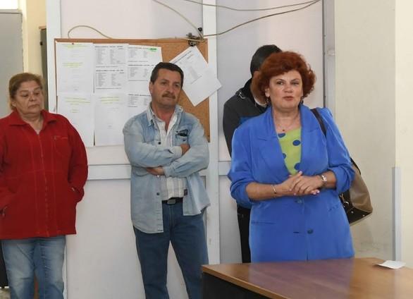 Πάτρα: Η Κατερίνα Γεροπαναγιώτη επισκέφθηκε τους εργαζόμενους στην καθαριότητα