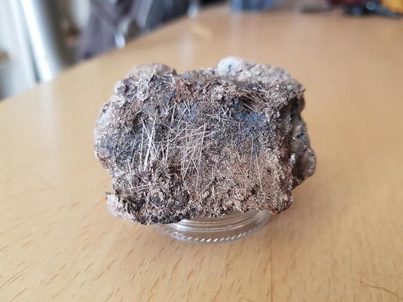 βελονοειδείς κρύσταλλοι Γύψου CaSO4.2H2O