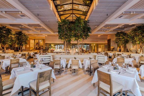 O Leonardo DiCaprio λατρεύει επισκέφθηκε ελληνικό εστιατόριο στο Beverly Hills (φωτο)