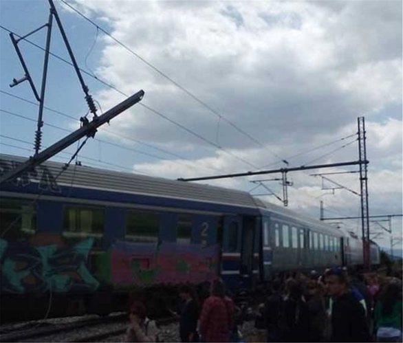 Λάρισα: Εκτροχιάστηκαν βαγόνια Intercity