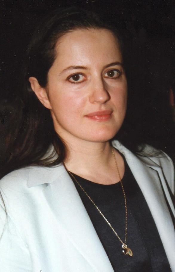 Η ποιήτρια Ιουλίτα Ηλιοπούλου στη Φιλαρμονική Εταιρία Ωδείο Πατρών