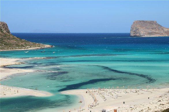 Guardian: Παραλία της Πελοποννήσου ανάμεσα στις 40 καλύτερες της Ευρώπης (pics)