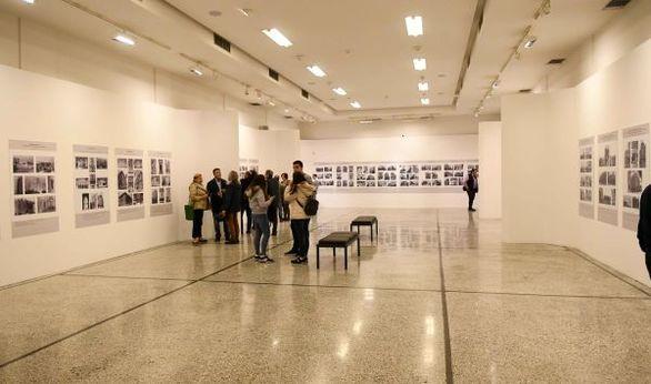 Πάτρα - Με επιτυχία η παρουσίαση του φωτογραφικού λευκώματος του Μιχάλη Δώρη (pics)