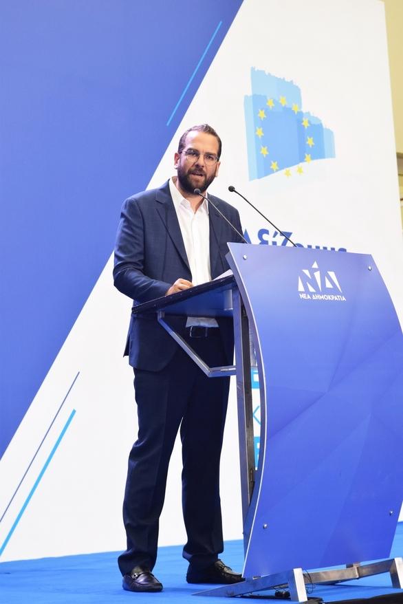 """Νεκτάριος Φαρμάκης: """"Έξι και σήμερα για την μεγάλη αλλαγή"""""""