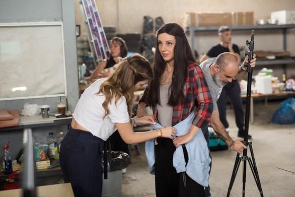 Η Ματίνα Νικολάου συμμετέχει στο νέο videoclip του Χρήστου Μενιδιάτη