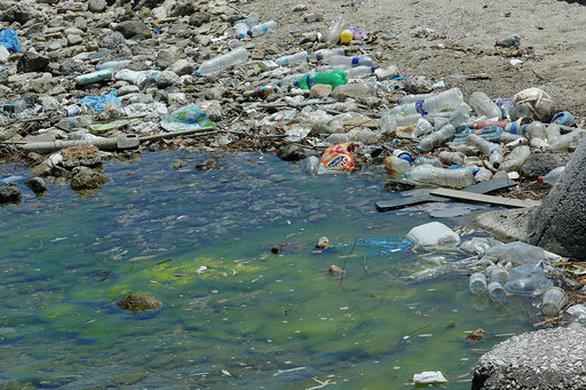 Περιβαλλοντικό έγκλημα: Ξεπερνούν τους 11 χιλιάδες τόνους τα πλαστικά απορρίμματα στις ελληνικές θάλασσες