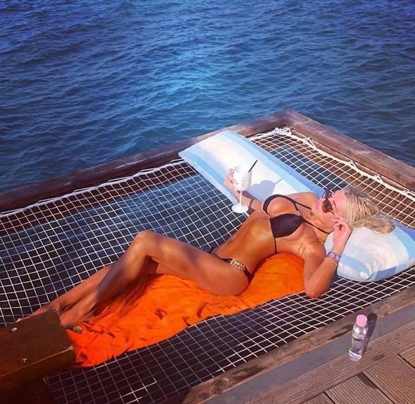 Η sexy Αναστασία Τερζή μας θυμίζει πόσο πολύ περιμέναμε το φετινό καλοκαίρι! Δείτε φωτό!