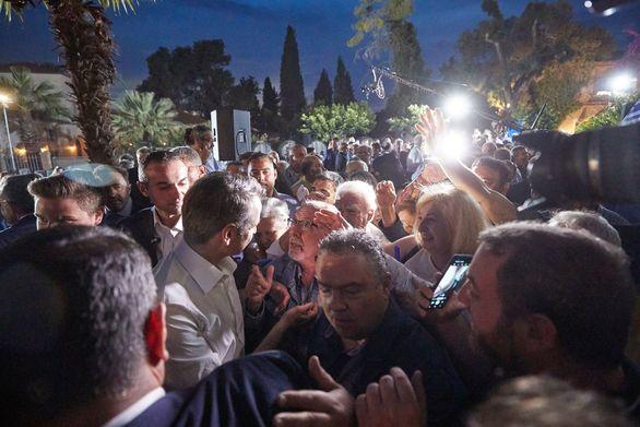 """Μητσοτάκης από την Πάτρα: """"Είναι εκλογές του μυαλού και της ευθύνης"""" (φωτο+video)"""