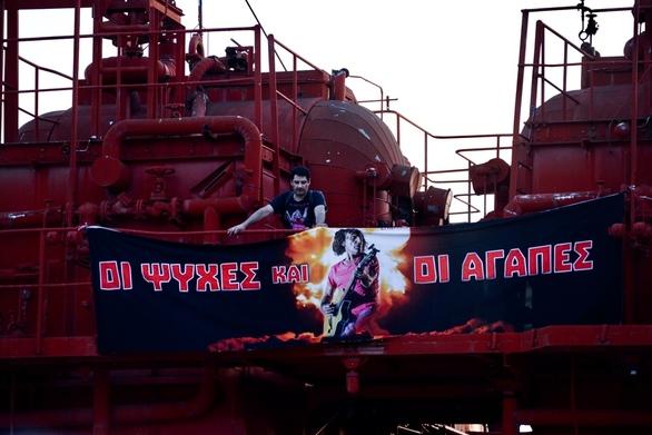 O Βασίλης Παπακωνσταντίνου στο Εργοστάσιο Τέχνης 19-06-19