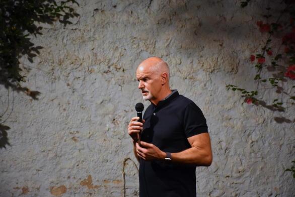Πάτρα: Συνάντηση με τους νέους πραγματοποίησε ο Γιώργος Παπανδρέου (φωτο)